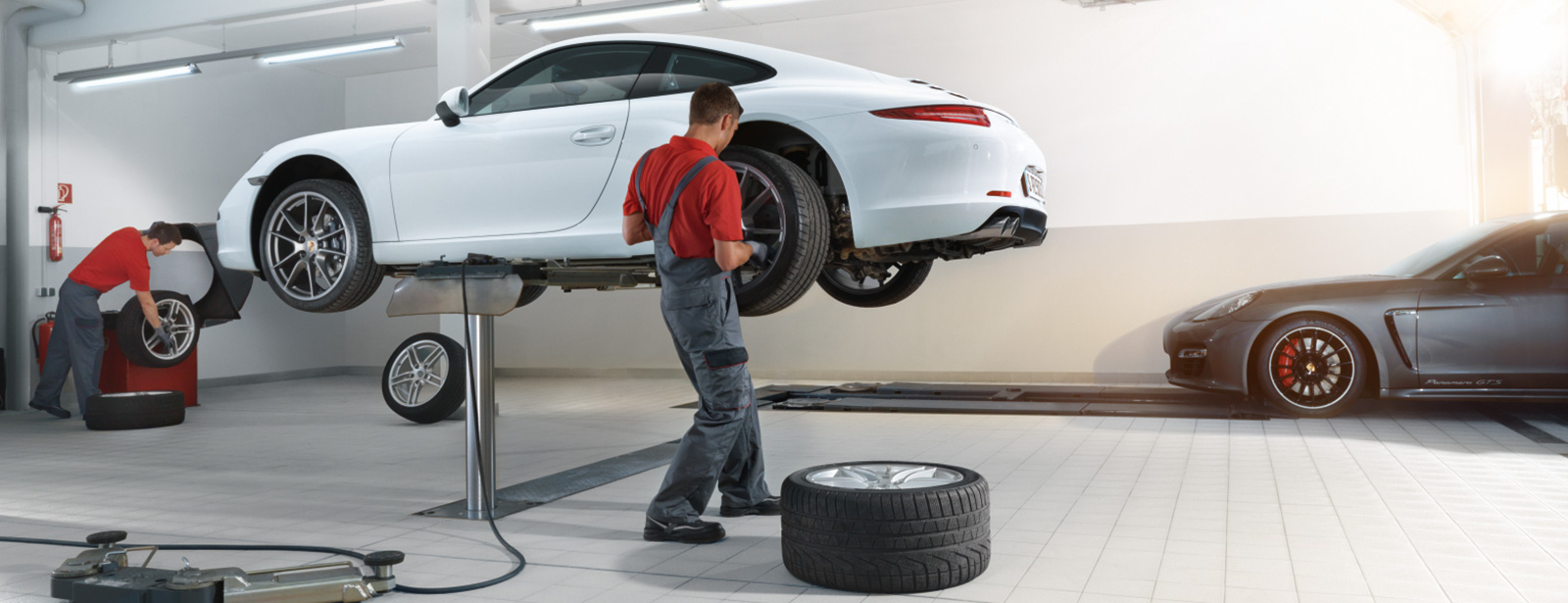 Reifen-/Rädermontage